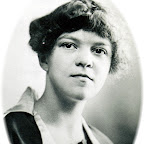 Morton Sudduth Wife of James Lucien Gleaves, Jr. who was the son of James Lucien Gleaves, Sr. and grandson of Dr. Samuel Crockett Gleaves  Taken 1918