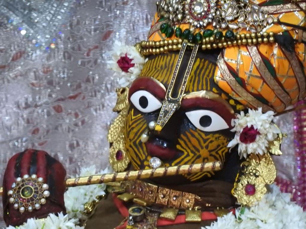 Radha Govind Devji Deity Darshan 05 Jan 2017 (11)