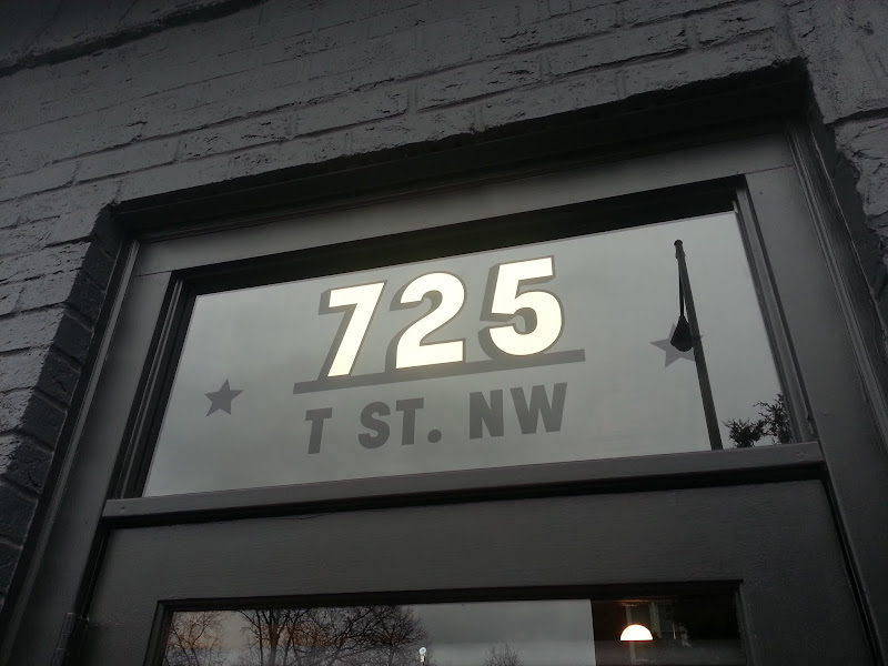 725 gold leaf numbers washington dc - all souls bar