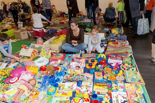 Kindermarkt - Schoenmaatjes Overloon 09-11-2014 (9).jpg