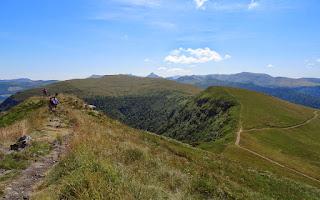 Panorama depuis le sommet du Puy Violent (1592 m).