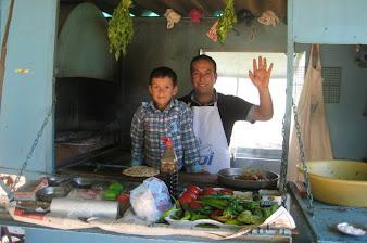 Sidedeki Umut Otelini işleten Halil Kartın kardeşi - 10150236473062885.jpg