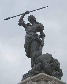 Estatua de Maria Pita en la plaza de su mismo nombre