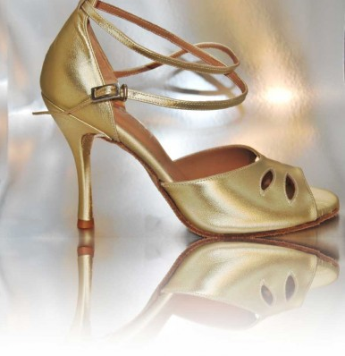 http://cosibcnshoes.es/producto/dsc_197/