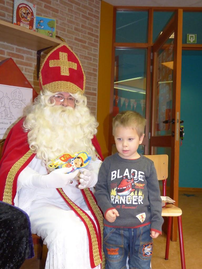 De Sint op bezoek! - P1040999.JPG
