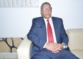 السفير الصحراوي بانغولا يؤكد ان الحل الوحيد للقضية الصحراوية يكمن في تمكين الشعب الصحراوي من حقه في تقرير المصير.