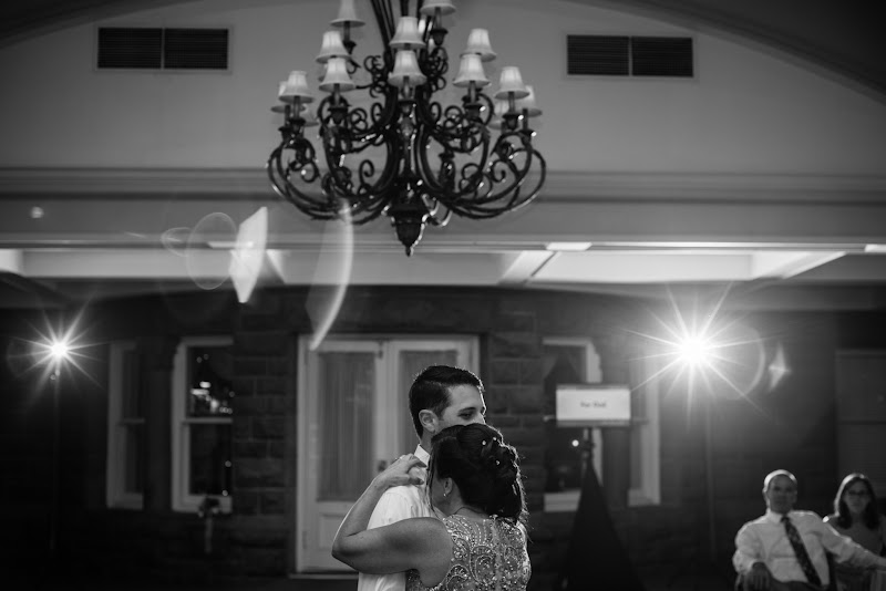 Aly and Jon - Blueflash Photography 385.jpg
