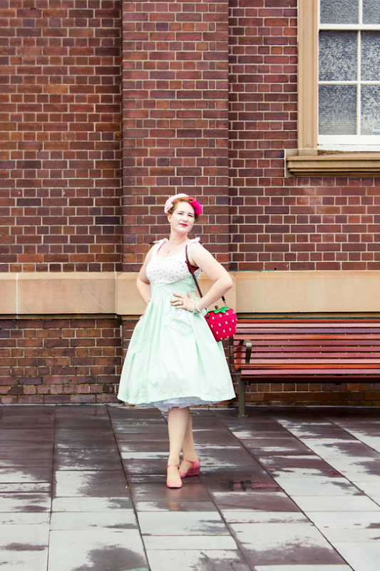 Wearing a me made 50s dress with mint and rose fabric | Lavender & Twill