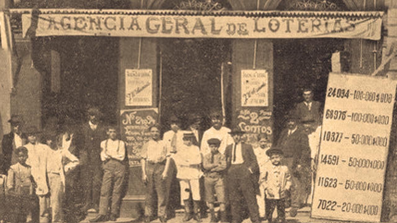 História de loterias com propagandas antigas de jogos e casas lotéricas