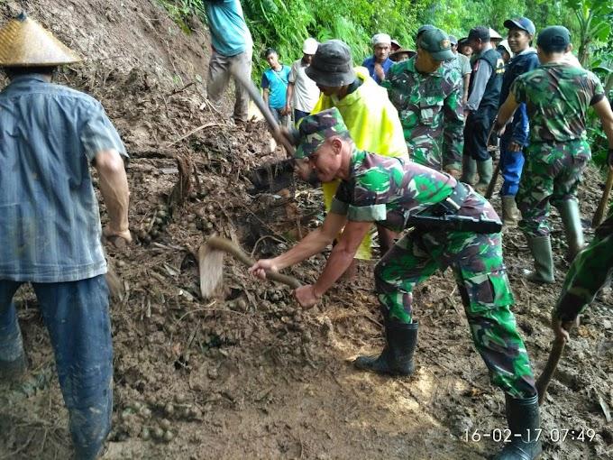 Koramil Tlogowungu Bhaksos Bersama Warga Gunungari
