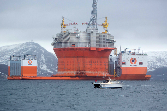 Eni Norway and Statoil's Goliat rig in Arctic waters. Photo: Statioil