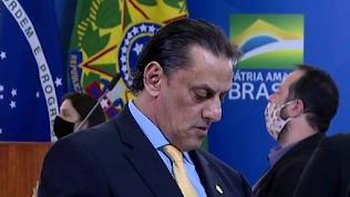 Ex-assessora de Flávio Bolsonaro diz que foi orientada por  Wassef no dia de depoimento ao MP
