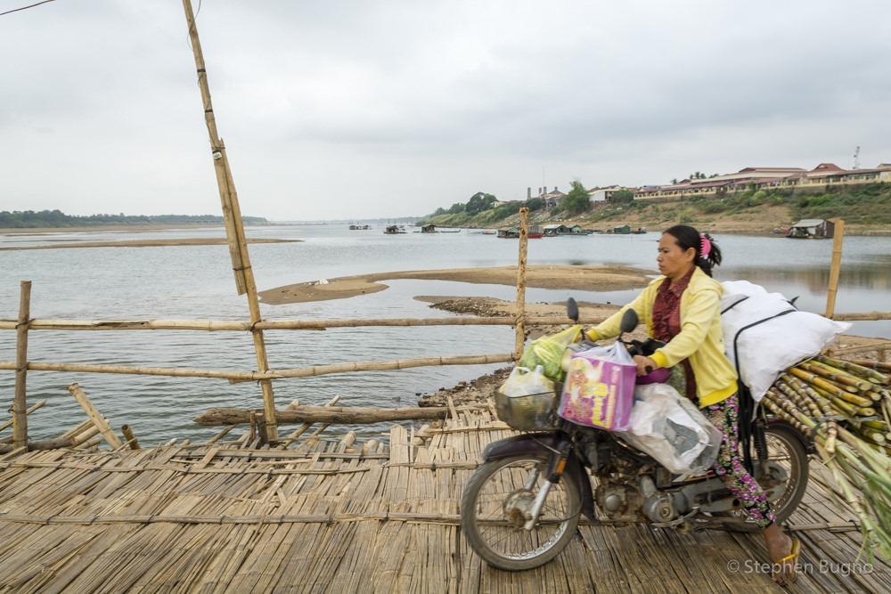 kampong-cham-bamboo-bridge-8