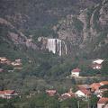 Pogled sa tvrđave na slap Krčić
