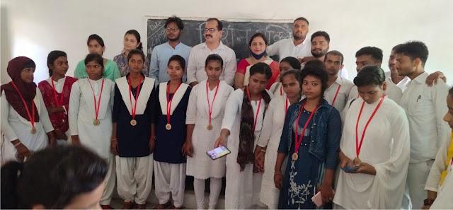 छात्राओं को सशक्त बनाने को रोजगारपरक प्रशिक्षण जरूरीः प्रो. अजय प्रताप