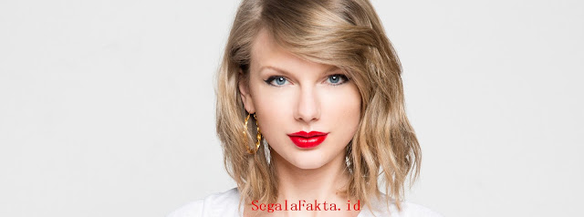 Penyanyi muda dan bagus ini telah menangkap hati kita Kamu Penggemar Taylor Swift? Baca Yuk 76 Fakta Taylor Swift Berikut ini