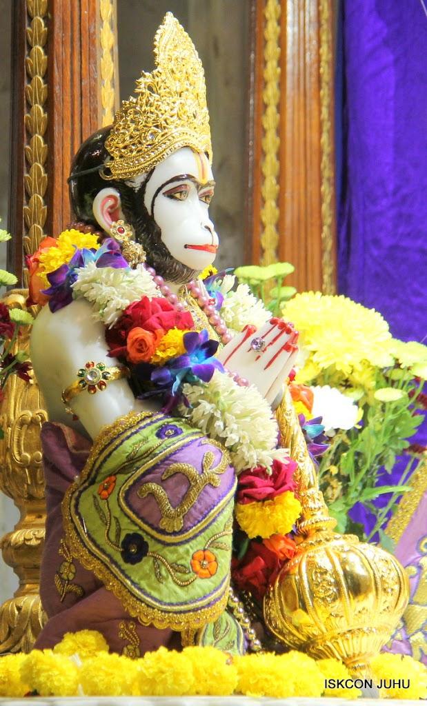 ISKCON Juhu Sringar Deity Darshan 11 Jan 2016  (32)