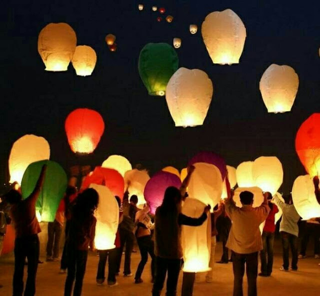 LAMPION TERBANG Bentuk Diamon (SKY LANTERN)