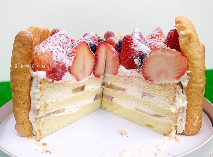 9 棒棒糖手工點心 愛妻草莓蛋糕