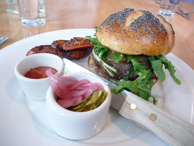 A Lunch at Gruner: Burgerquest continued