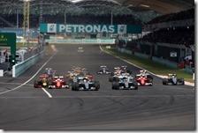 La partenza del gran premio della Malesia 2016