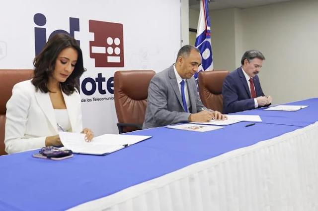 El Estado dominicano amplía vigencia de contratos con Claro, Altice y Viva