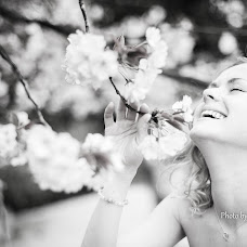 Wedding photographer Nadezhda Yarullina (Sofarina). Photo of 17.04.2014