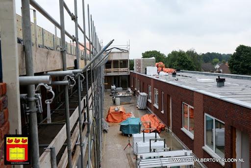 Appartementencomplex de linde  heeft zijn hoogste punt bereikt overloon 28-06-2013 (37).JPG