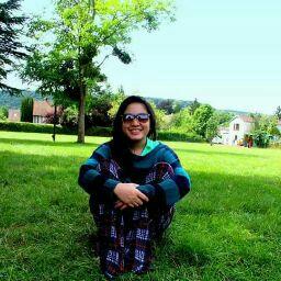 Lisa Nguyen Photo 31