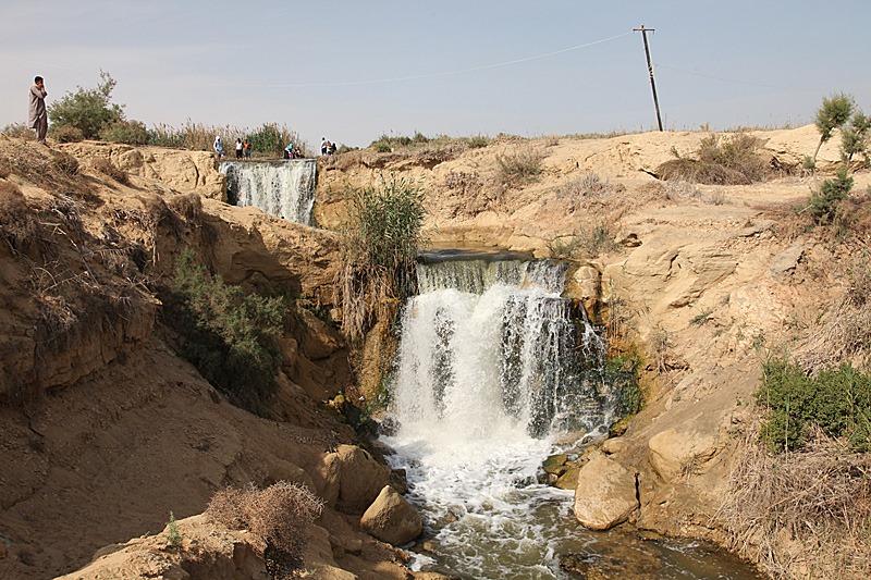 wadi-el-rayan-waterfalls-6