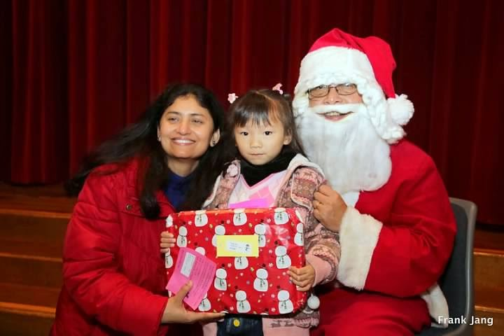 2012-12-16 CCDC Gift Giving - download%2B%252813%2529.jpg