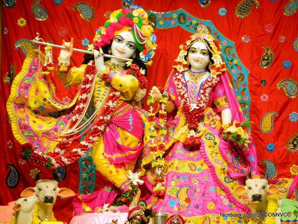 ISKCON Pune NVCC Deity Darshan 18 Dec 2015 (3)