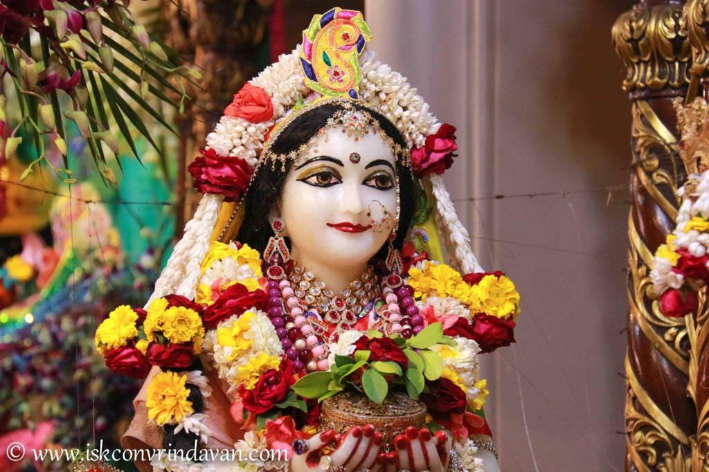 ISKCON Vrindavan Sringar Deity Darshan 26 Feb 2016 (4)