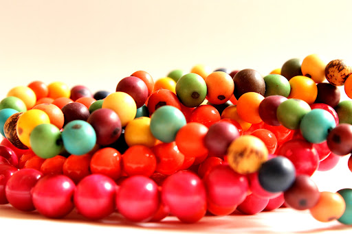 colares - bolas coloridas, necklaces-colored balls, collane colorate palle, collares de color bolas