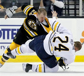 Shawn Thornton vs Robyn Regehr