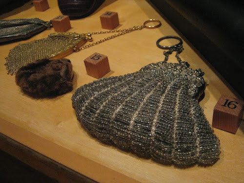 Victorian Beaded Scallop Purse
