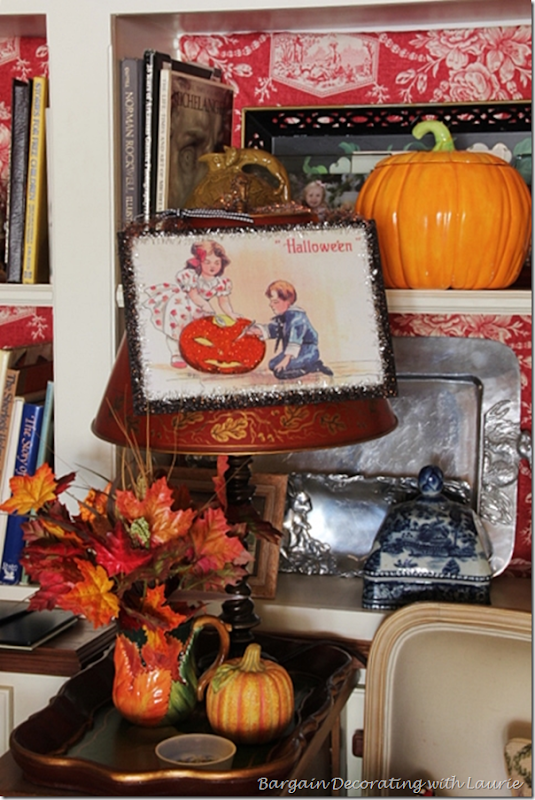 Halloween End Table Vignette