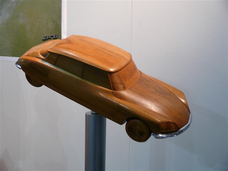 [SALON] Retromobile 2012 Small_P1100577