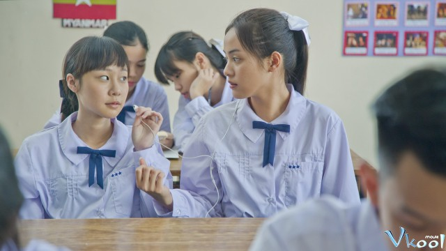 Xem Phim Quảng Trường Ma - Siam Square - phimtm.com - Ảnh 3