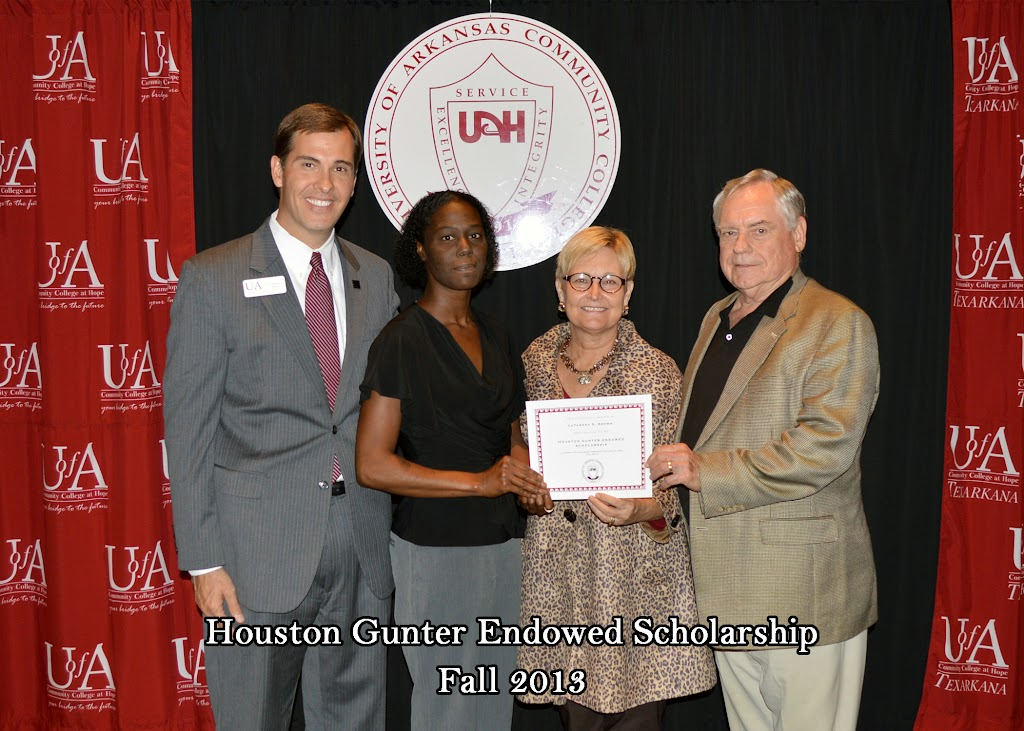 Scholarship Ceremony Fall 2013 - Houston%2BGunter%2Bscholarship.jpg