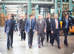 Андрей Шевелев посетил деревообрабатывающее предприятие в Торжке