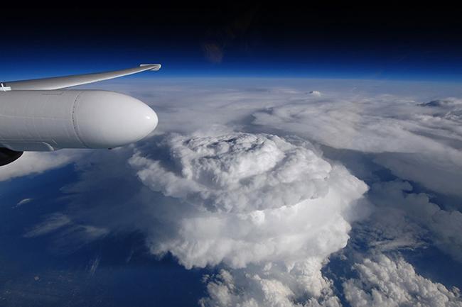 Una nube de tormenta fotografiada a 20.000 m de altitud