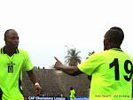 Des joueurs de l'As.V Club (vert noire) de la RDC célébrant le but marqué contre Zamālek (blanc) de l'Egypte à la première mi-temps le 18/05/2014 au stade Tata Raphael à Kinshasa, dans le cadre de la ligue des champions 2014 de la CAF. Radio Okapi/Ph. John Bompengo