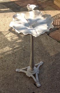 Metal painted bird bath £59.00