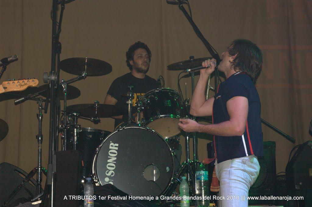 A TRIBUTOS 1er Festival Homenaje a Grandes Bandas del Rock 2010 - DSC_0009.jpg