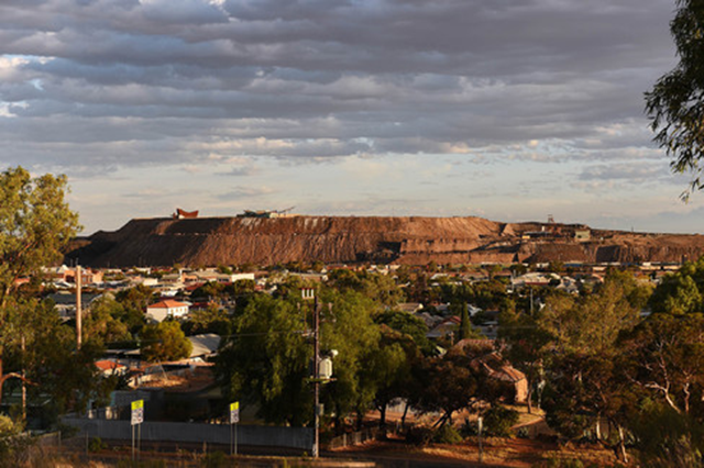 The town of Broken Hill in Australia. Photo: Carla Gottgens / Bloomberg