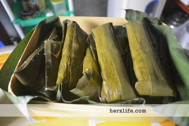 Cassava Suman (Sumang Kamoteng Kahoy) for Snacks