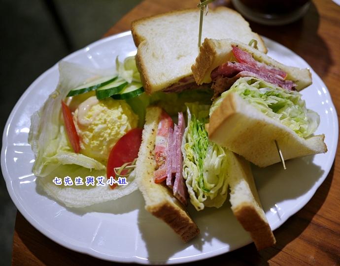 10 米朗琪咖啡館Melange Cafe