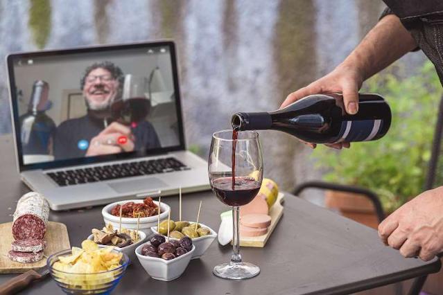 Beber vinho pode combater o coronavírus?