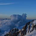 Pogled na Aiguille du Midi (3,842 m) sa Vallota